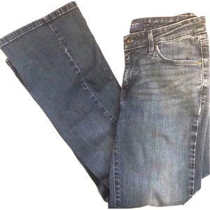 Levi's Demi Curve Boot Cut Denim Blue Jeans size 6